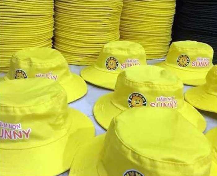 Công ty chuyên may và bỏ sỉ mũ nón, áo thun giá rẻ tại TPHCM